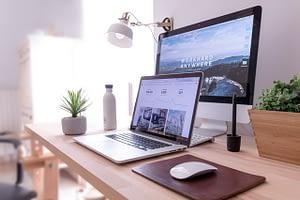 Build Your Own Website - domenico-loia-hGV2TfOh0ns-unsplash